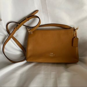 NWT COACH Tan Pebble LeatherCrossbody Bag